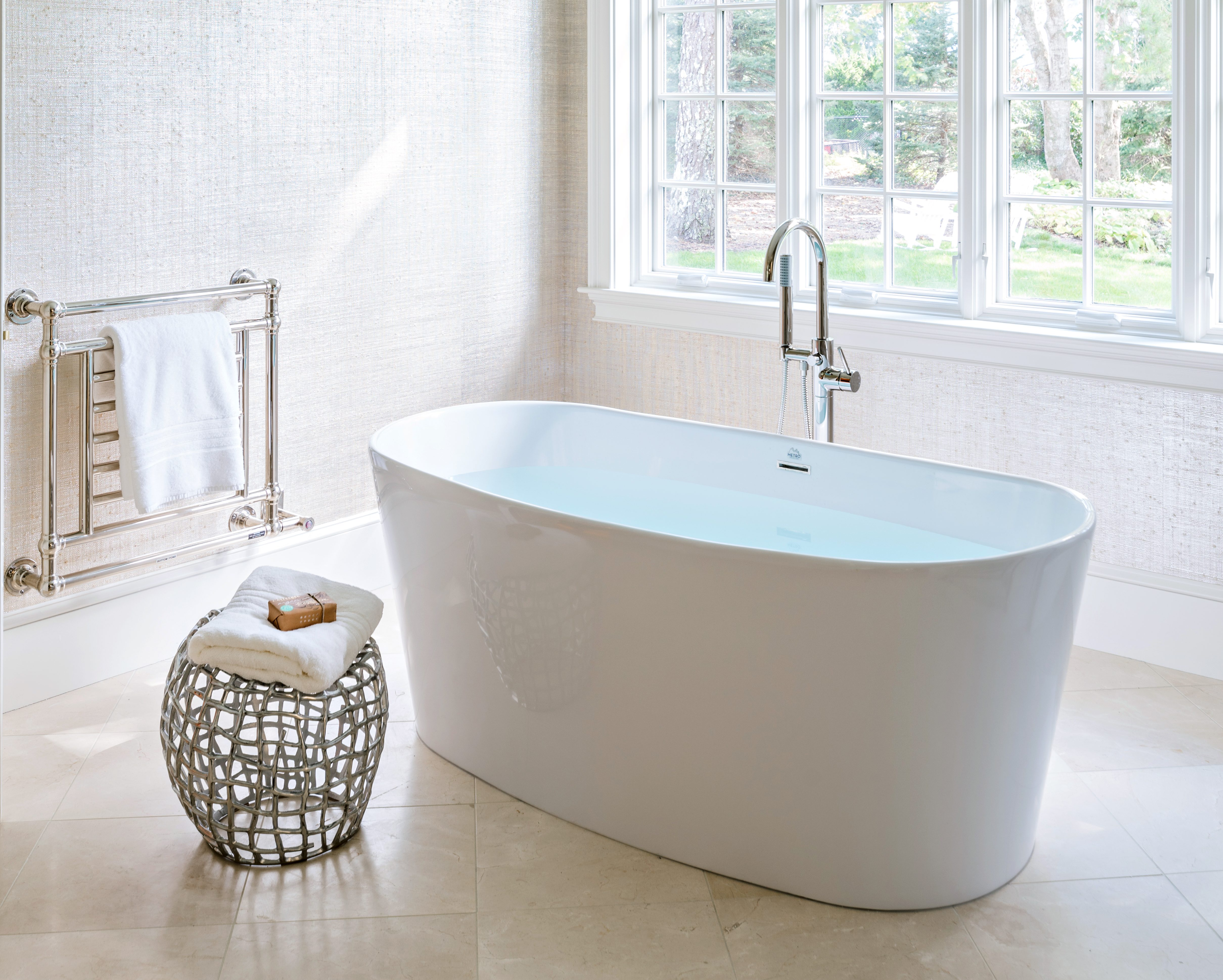 reglazing reglaze large your install why istock tub re you glazing blog resurface should bathtub