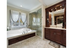 Vanessa Beauty white tub in a bathroom